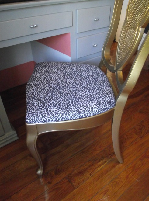 cropped chair2